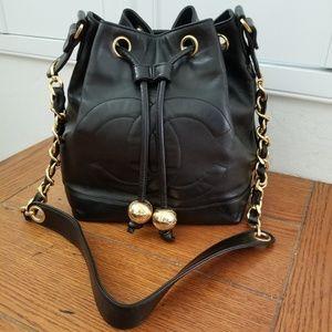 Beautiful Chanel Drawstring Bucket Bag w/ Pouch